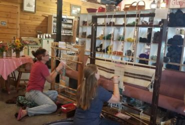 Navajo Weaving Class – Weekend Retreat
