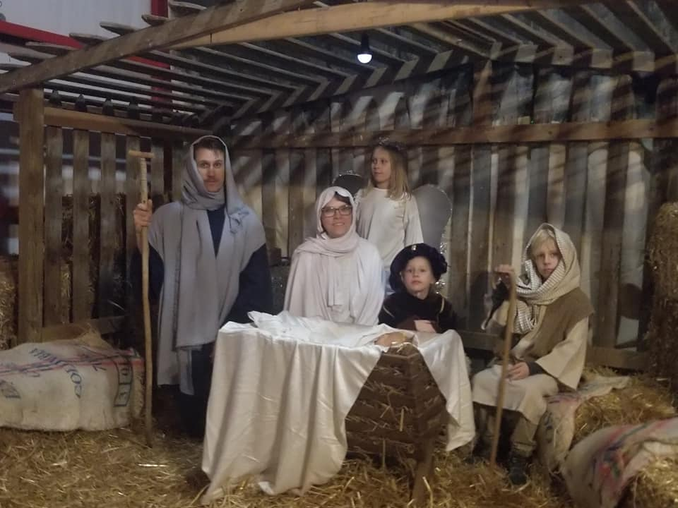 Living Nativity, Pecan – Walnut Festival